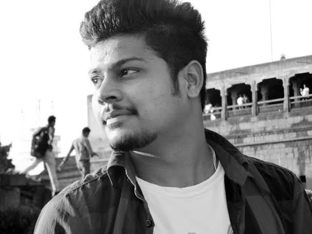 Harsh Chauhan ji india ke top 10 blogger